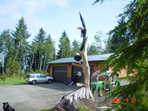Triple Eagle Chainsaw Carving Sculpture
