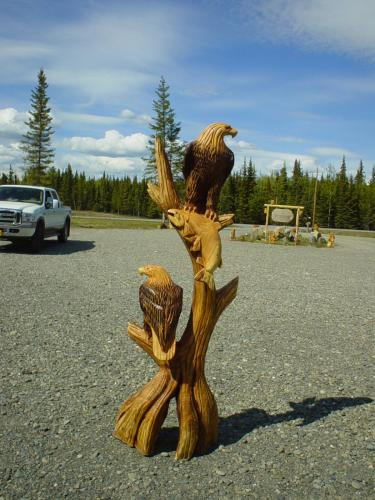 Mahogany Double Eagle Tree Chainsaw Carving Sculpture
