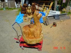 Alpaca wood carving