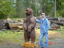 Growling Grizzly Eight Foot chainsaw carving