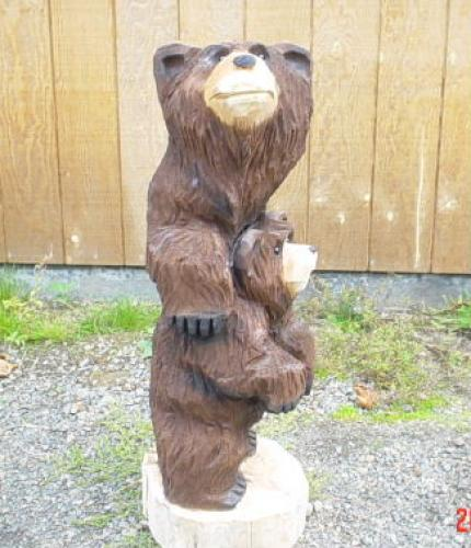 Mama Guardian Bear Chainsaw Carving